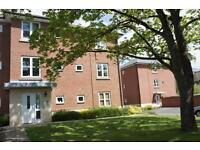 2 bedroom flat in Royal Victoria Park, Brentry, Bristol, BS10 6TD