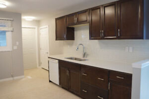 1250 SQ FT!No Sharing-Millwood-95% Finished-New-3RM Mainfloor!!