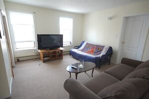 444Rent- Large 3 Bedroom+Den Downtown on Bishop St- May!