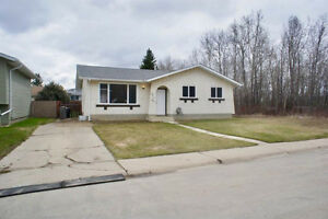 5311 61 ST Redwater, AB