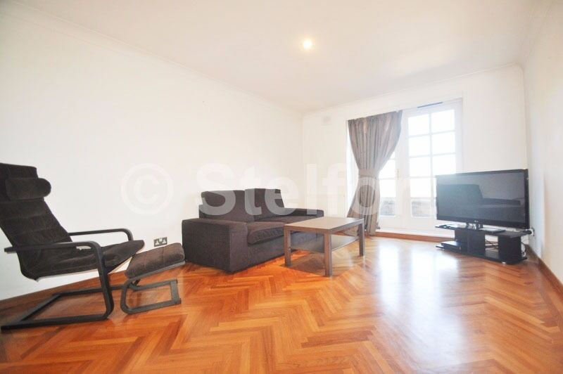 An extremely spacious and stunning 2 bedroom penthouse is set within prestigious block in Highgate