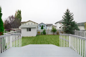 Fully Finished, renovated, Bilevel, Twin Brookes near Henday