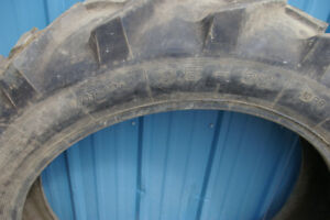 Stomil Spray-Coupe tire 9.5-32