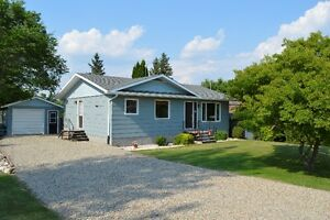 5 Bedroom House in Minnedosa