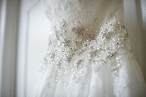 Romantic Lace A-Line Wedding Gown 850$ OBO Kingston Kingston Area image 6