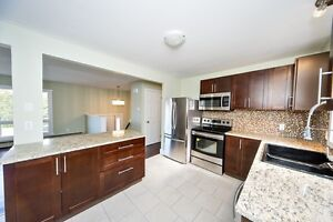 OPENHOUSE today Sunday 2-4~ 5 Ambercrest Pl Dartmouth