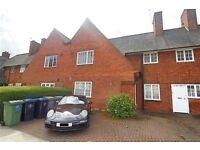 2 bedroom flat in Goldsmith Lane, Roe Green Village, NW9