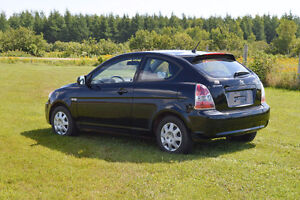 2011 Hyundai Accent L Sport Coupe (2 door)