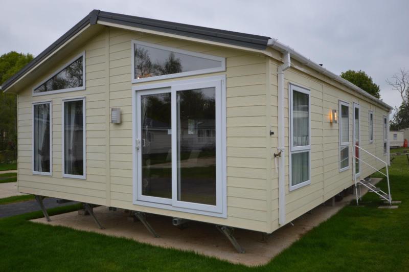 Static Caravan Hastings Sussex 2 Bedrooms 6 Berth Delta Desire 2013 Coghurst