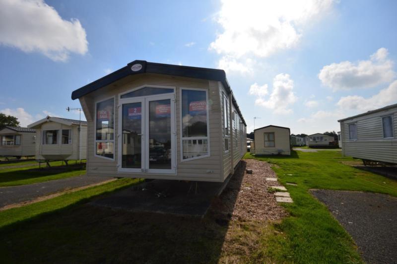 Static Caravan Chichester Sussex 2 Bedrooms 6 Berth Atlas Status 2016
