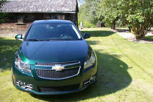 2014 Chevrolet Cruze 2LT RS REDUCED  LESS THAN 10,000 KMS.
