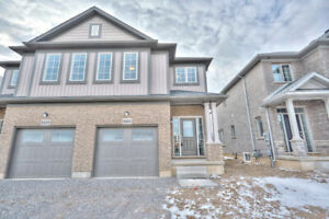 New 2 story home located in the heart of Niagara