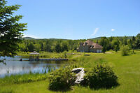 BEAUTIFUL ESTATE in Eastern Townships close to Skiing & Lakes