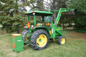 John Deere 870 Compact Tractor Loader W/Many Attachments