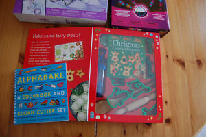 Christmas cakes and cookies kit