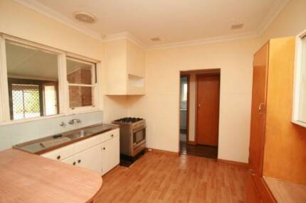 2x Large Double bedrooms for rent in a share house with 1x Male Morley Bayswater Area Preview