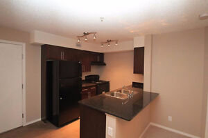2 BEDROOM CONDO IN RUTHERFORD - FREE TV WITH 1 YR LEASE