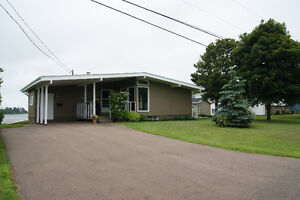House for Rent on the Water in Summerside for Sept 1st.