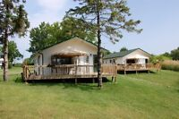 modern 3 bdrm winterized cottage, 1000 islands waterfront