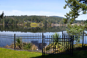 Waterfront suite on 10 acres- Prospect Lake