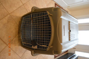 """PET PORTER DOG CRATE, KENNEL, CAGE (L) 40""""x (W) 27""""x (H) 30"""""""