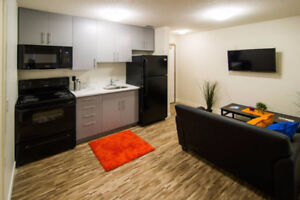 Individual Rooms in 3 or 4 Bedroom Suites - $650/mt - Sign for S