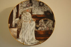 collector plates a complete set of 6 with papers