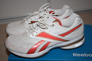 Reebok Easy Tone Running Shoes - Ladies - 10
