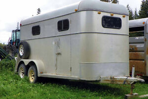 1986  2 horse angle haul with Tack area FIRM!!
