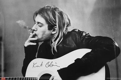 Nirvana Poster Kurt Cobain Smoking & Guitar 91,5 x 61 cm