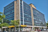 Espace de bureaux à louer 2 200 pi² très bien situé à St-Lambert