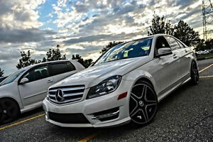 Mercedes-Benz 2012 - je donne 4 000$ cash !