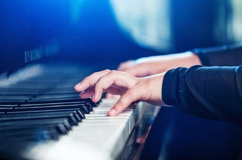 POP Piano Lessons Available!!Fun & Relaxed, NO backgrd needed!=D