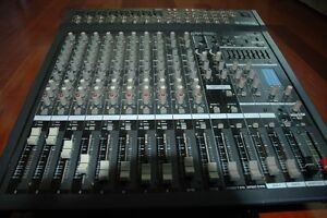 Power Mixer amplifie YAMAHA 2X500 West Island Greater Montréal image 6