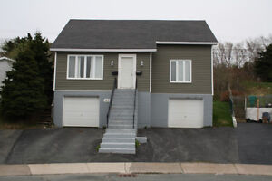 2 Bedroom Home With Attached Garage Near Avalon Mall / MUN