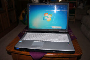 Well cared for 17' Toshiba laptop