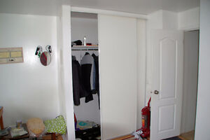 ►$500 – Parking incl - Huge bedroom - Old Hull - March 1◄