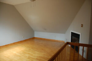 Attn Queens Students: 4 bedroom home close to downtown/campus