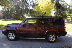 2007 Jeep Commander Sport SUV, Crossover
