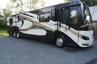 2011 Newmar Ventana 4333 diesel pusher for sale with WARRANTY