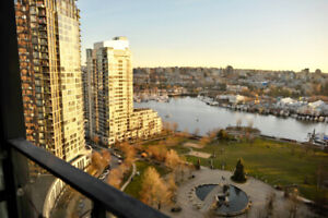 $4000 / 2br - 1200ft2 - 2bed 2bath 1Den luxury unblock waterview