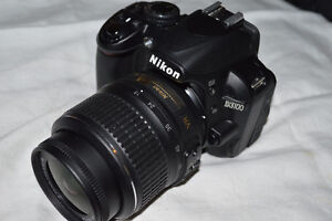 mint nikon D3000 with AFS-18-55 ED  G DX with CAMERA BAG.
