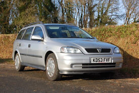 Excellent VAUXHALL ASTRA ESTATE very clean, many new parts, long MOT, brand new radio, great runner.