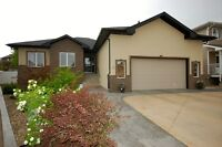 OPEN HOUSE SAT AUGUST 1  -  2:30 - 4:00  MH0061174