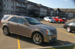 Immaculate Cadillac SRX4 with Low KMS
