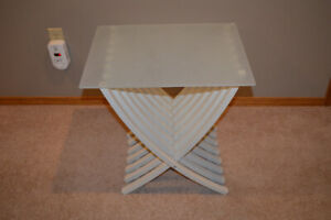 COFFEE / END / NIGHT TABLES