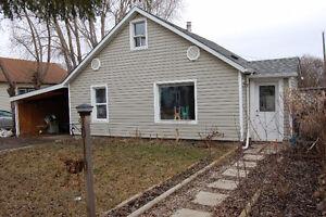 Affordable in Morinville 3 bedrooms Huge Backyard