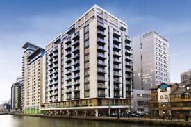 FIVE MINS TO CANARY WHARF SUPREME SUBPENTHOUSE ONE BEDROOM APARTMENT TO RENT -CALL TO VIEW!