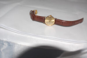 18k gold Rolex Ladies watch