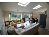 2 bedroom flat in Hodford Road, Golders Green, NW1